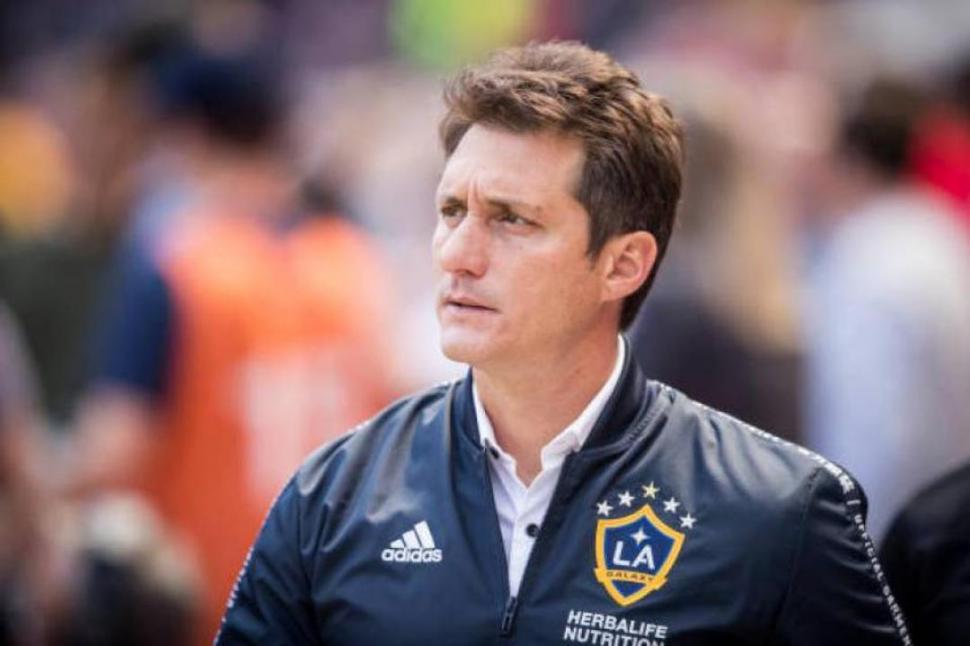 La decisión de Los Ángeles Galaxy sobre Cristian Pavón