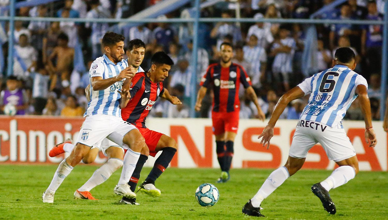 San Lorenzo con Atlético y Huracán, ante el