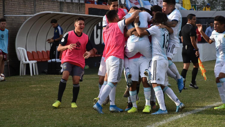 Deportes: Argentina no pudo con Brasil, en el Sudamericano Sub 15