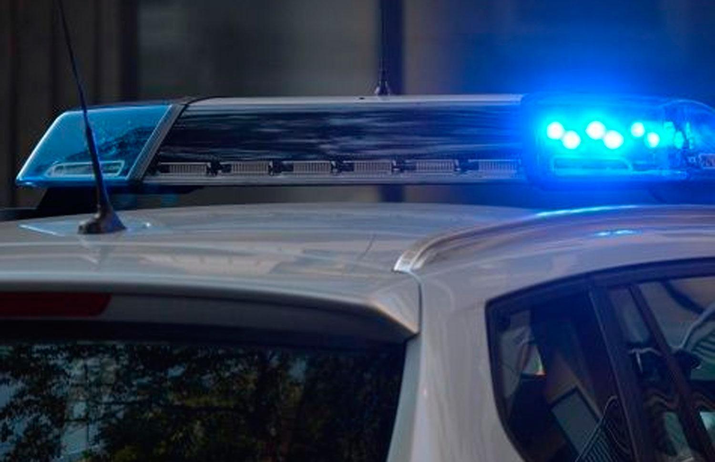 Arrestan a Policía por tocar inapropiadamente el cuerpo de una mujer muerta