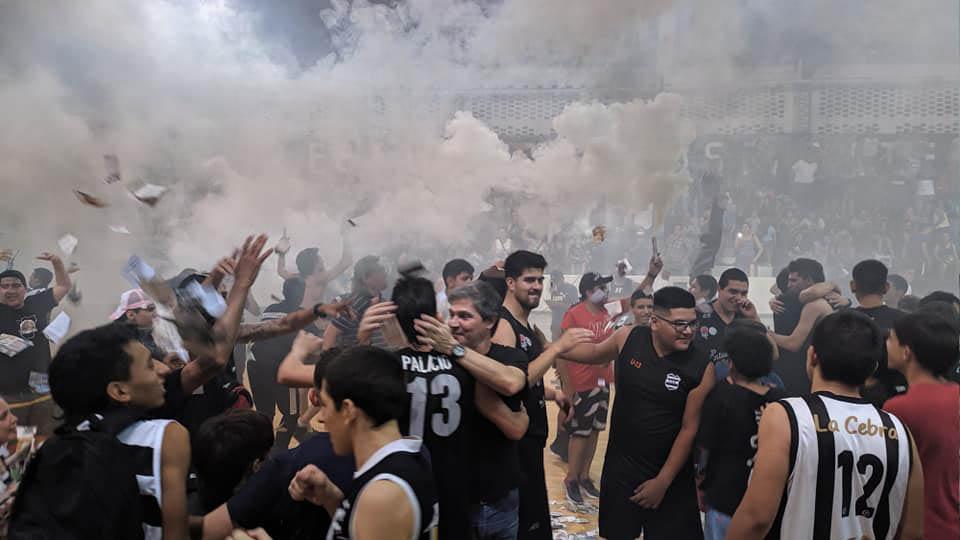 Estudiantes cerró una temporada extraordinaria. (FOTO TOMADA DE TODO BASKET)