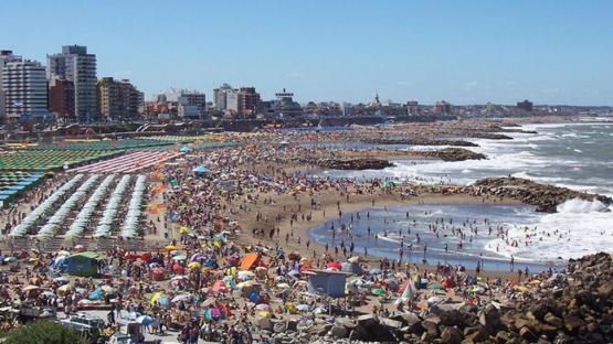Varados en Mar del Plata: la empresa apunta contra un vendedor independiente
