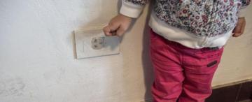 Cómo armar un hogar seguro para niños pequeños