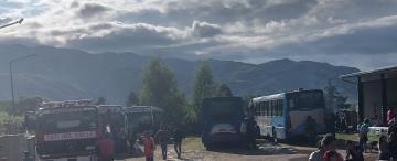 Corte en la ruta 307: durmieron con los bomberos y conocieron la hospitalidad de Tafí del Valle
