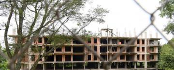 Yerba Buena: un inmenso edificio podría acabar en un remate