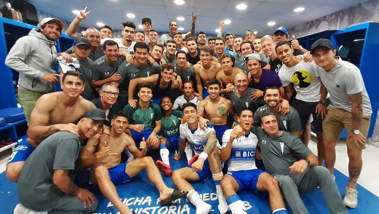 Zampedri anotó un gol para Universidad Católica, que lidera invicto en Chile