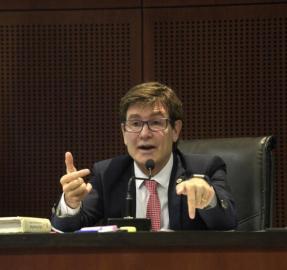 Un juez cita a Alperovich por segunda vez en 45 días