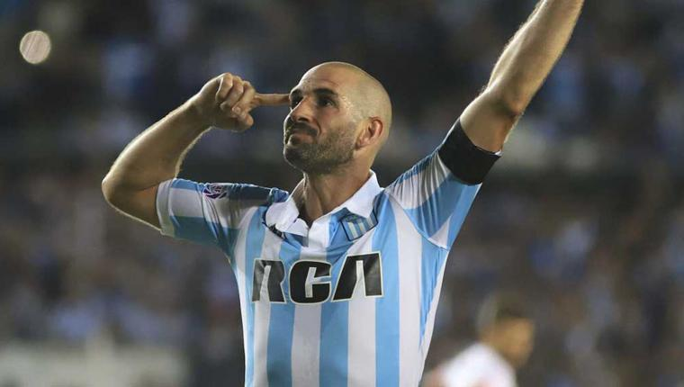 Superliga: Racing le gana a Newell's y se acerca a la Copa Libertadores