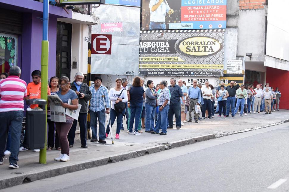 Bono de 10.000 pesos: anunciaron cómo consultar si fue aprobado para cobrar