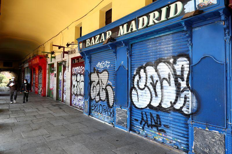 Otro día negro en España: sumó 812 muertos por coronavirus