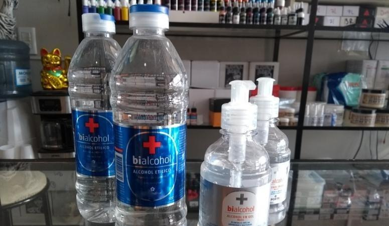 En tiempos de coronavirus, el litro de alcohol cuesta 400% más que la nafta premium