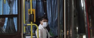 Los trabajadores de la salud podrán viajar gratis en colectivo