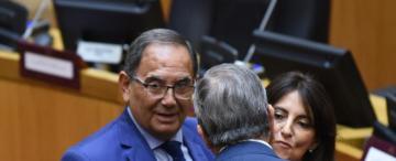 Por qué un legislador aliado a Manzur se fue del bloque oficialista