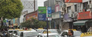 Sin auxilio del Gobierno, el paro de ómnibus sigue en Tucumán