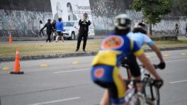 Se puede salir a correr y a andar en bicicleta, pero de manera individual y cerca de casa