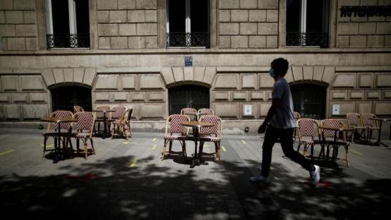 Los muertos por coronavirus se duplicaron esta semana en Francia