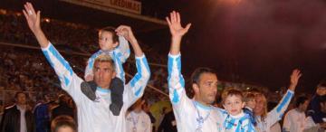 Un día, dos títulos y miles de hinchas de Atlético festejando