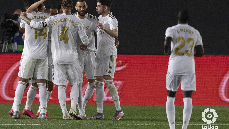 Benzema sigue con su buena racha y abrió el resultado en el Alfredo Di Stéfano. (FOTO TOMADA DE TWITTER @LaLiga)