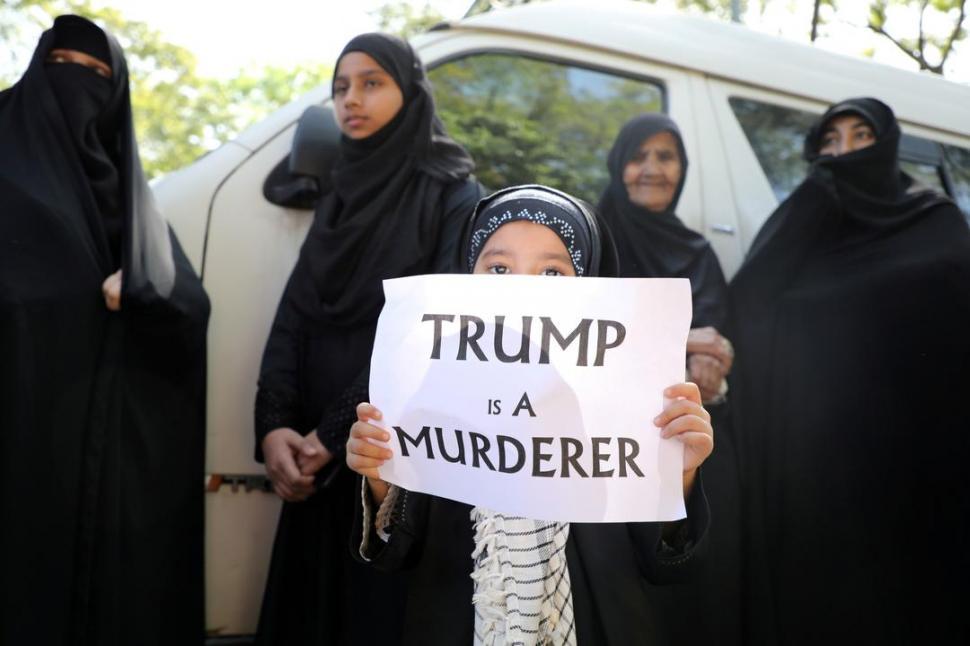 Irán emite orden de arresto contra Donald Trump