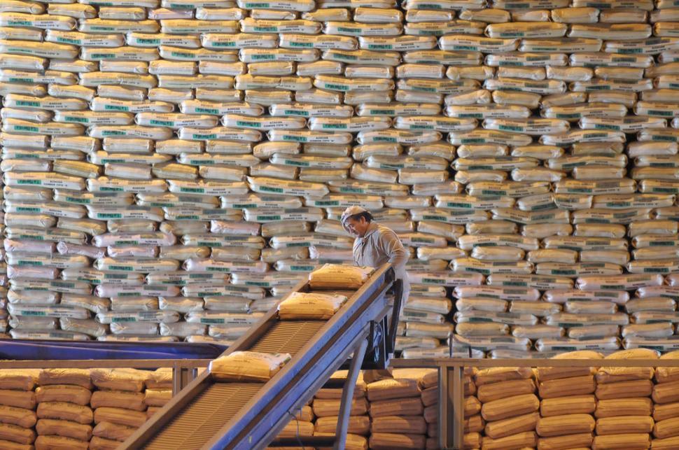INDUSTRIA LOCAL. El azúcar nunca ha sido un producto de libre comercio dentro del bloque.  la gaceta / foto de franco vera