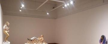Cómo dormir en los museos y no morir en el intento ni pelearse con sus personajes