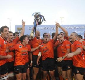 Todo es historia: el día en que los Naranjas ganaron dos veces