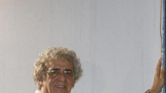 """Raúl Reyes: """"enseño actuando, actúo de mis maestros, de mis alumnos"""""""