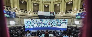 Las senadoras por Tucumán, con votos opuestos