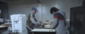 Los choferes de ómnibus trabajan de panaderos o de taxistas por la falta de pago de los sueldos
