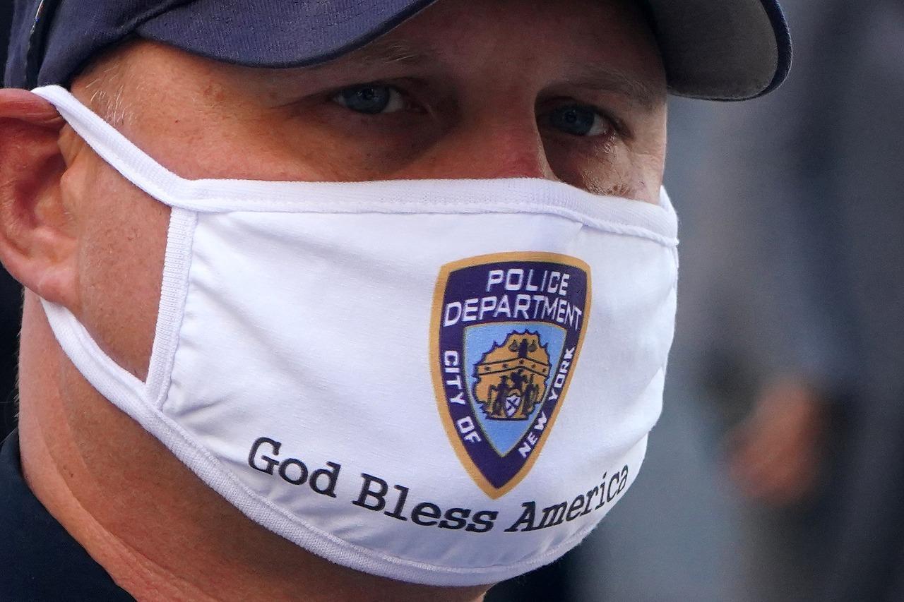 NY anuncia nuevas restricciones ante segunda ola de covid