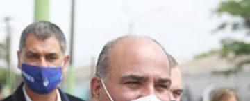En uno de sus días más tensos de gestión, Manzur escuchó a Maley, que continuará en Seguridad