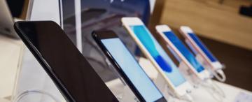 Por el dólar y la pandemia cuesta renovar el smartphone