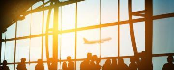 Más de 1.000 viajeros varados acudieron a la  Defensoría del Pueblo para volver a sus hogares