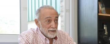 """Alfredo Miroli: """"con las vacunas no corremos riesgos de reinfecciones o reactivaciones"""