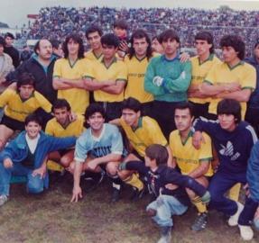 Para siempre en la memoria: dos tucumanos cuentan cómo fue conocer a Maradona
