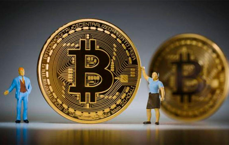 El Bitcoin, la criptomoneda que tiene a los saltos a los mercados