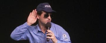El Oficial Gordillo exige más que Luis Miguel para salir a escena
