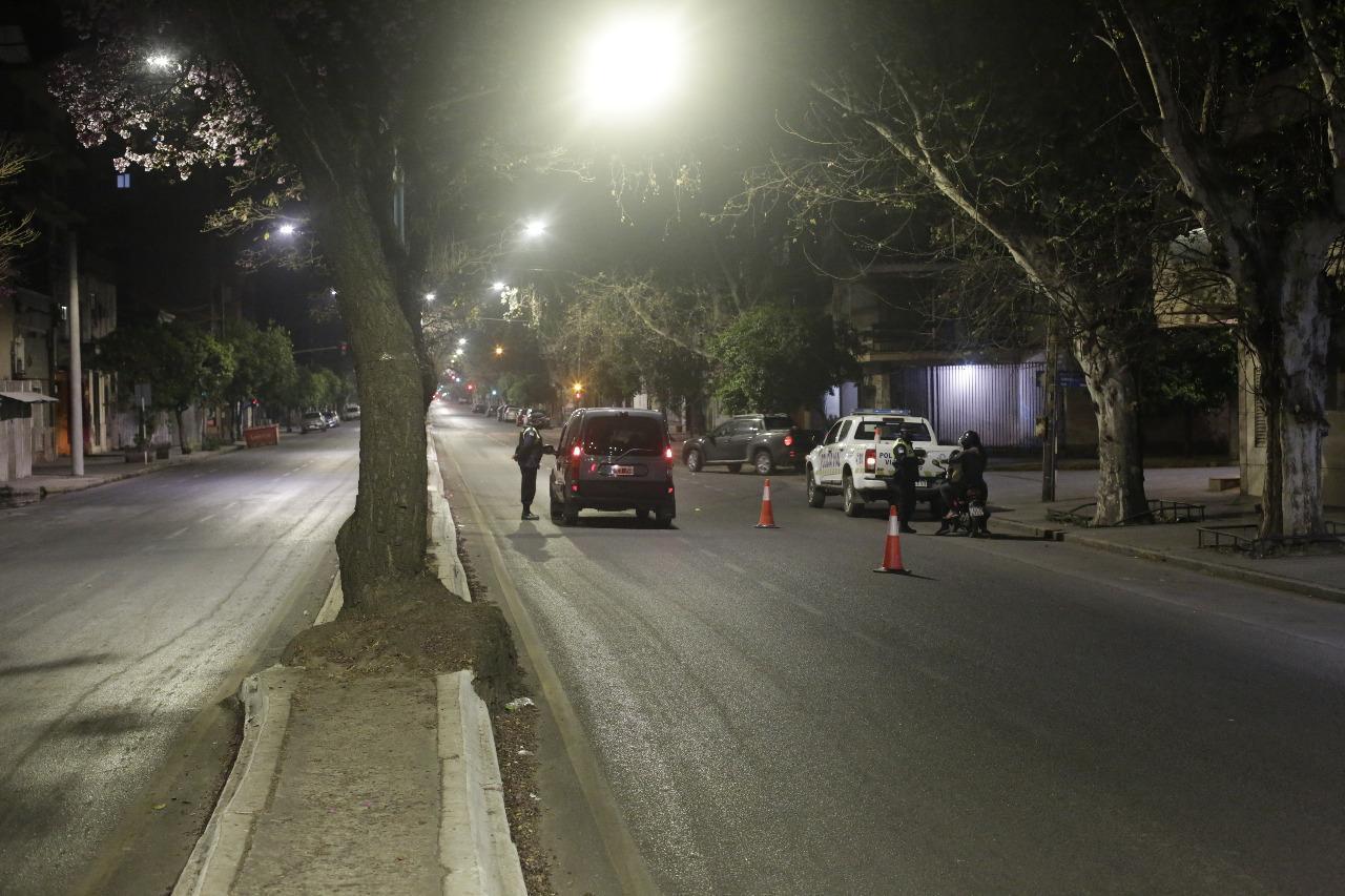 El Gobierno prepara un DNU con restricciones en la circulación nocturna