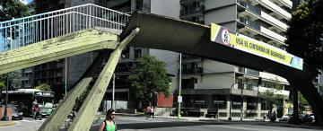 El puente sobre Mate de Luna corre serio riesgo de colapsar