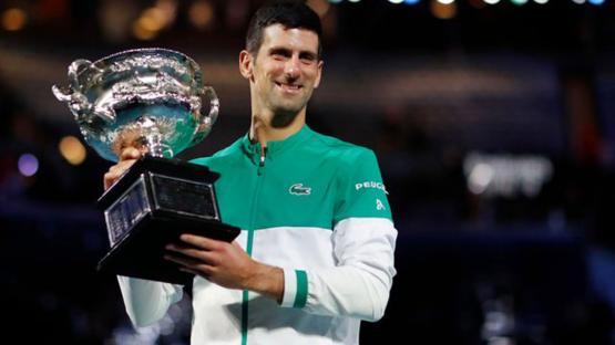 Djokovic barrió a Medvedev y alcanzó su tercer Abierto de Australia consecutivo