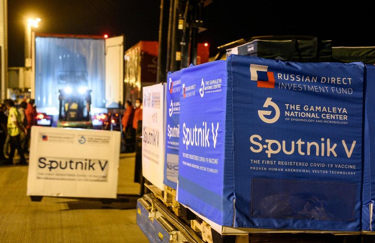 Arriba a la Argentina nuevo cargamento de vacunas Sputnik V