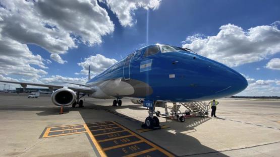 Aerolíneas Argentinas: por casos de covid-19 en su personal, traslada 14 vuelos de Aeroparque a Ezeiza