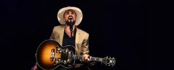 Abel Pintos: la música dejó la realidad a un lado