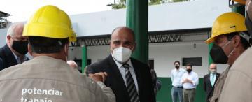 La interna partidaria golpeó la imagen de Manzur