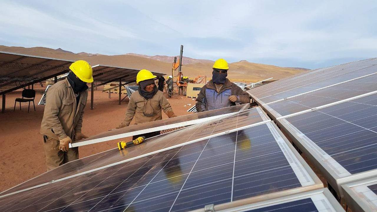 Cada vez más argentinos generan energía eléctrica para su propio consumo -  LA GACETA Tucumán
