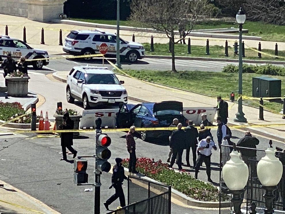 Ataque al Capitolio: murieron el agresor y un policía