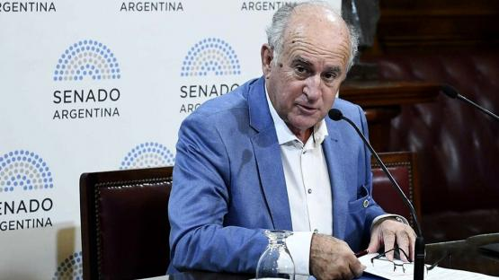 Oscar Parrilli apuntó contra la oposición: