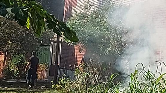 La limpieza de las vías, un foco de conflicto entre vecinos y bomberos de Barrio Norte