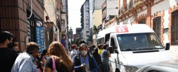 Paro de colectivos: la confusión es protagonista en las paradas de las combis