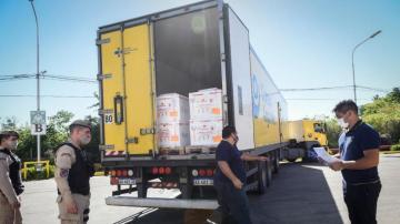 Alrededor de 30.000 dosis de la vacuna de Astra-Zéneca llegarán Tucumán